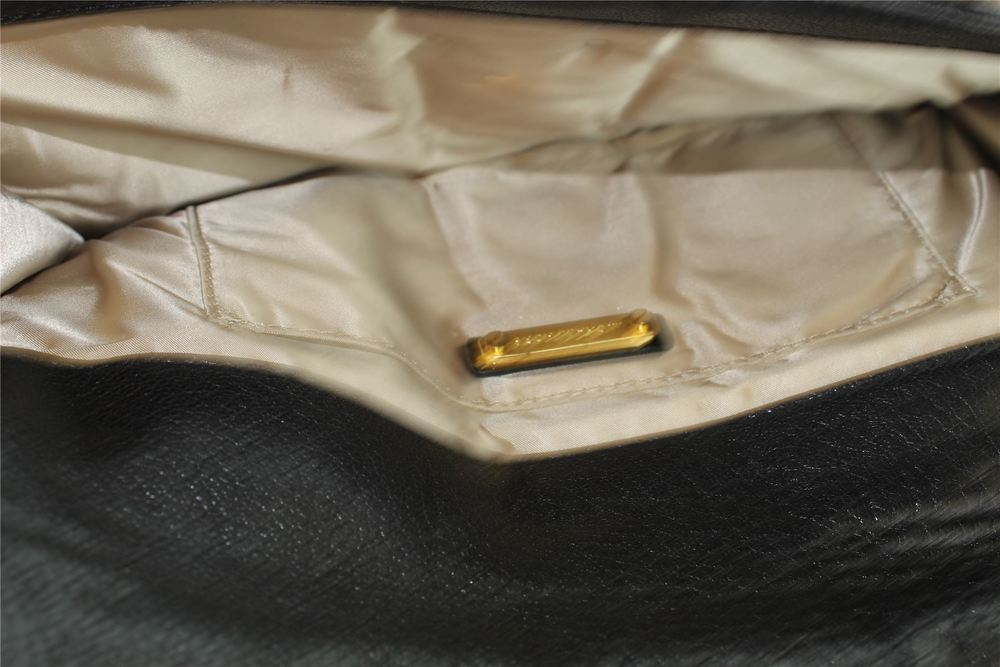 Michael Kors Clutch Bag in Black