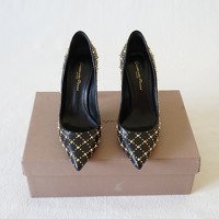 Gianvito Rossi Studded Leather Pumps Angle2