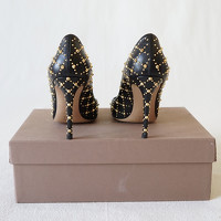 Gianvito Rossi Studded Leather Pumps Angle5