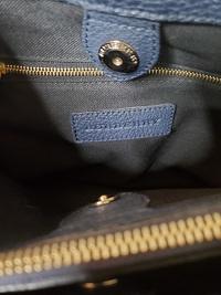Burberry bag with classic print side panels Angle7