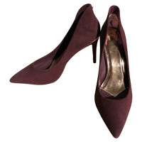 Ted Baker Suede Pumps Angle1