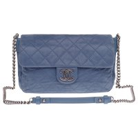 Chanel Classique handbag in blue quilted leather