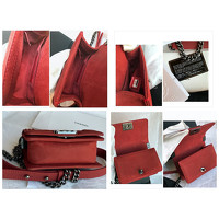 Chanel Small Handbag In Bordeaux Color Angle4