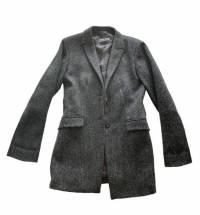 Stylish 3/4 Jil Sanders medium weight coat.