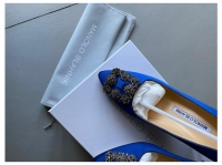 Manolo Blahnik Satin Pointed-Toe Pumps Heels Silk  Angle2