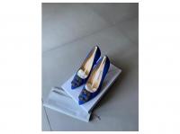 Manolo Blahnik Satin Pointed-Toe Pumps Heels Silk  Angle4