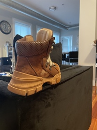 Gucci Boots Angle9