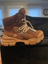 Gucci Boots Angle10