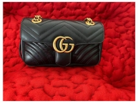 Gucci Marmont with structured flap Angle3