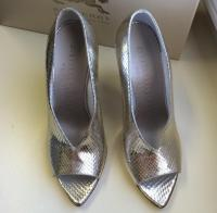 Burberry Prorsum silver wedges Angle3