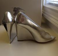 Burberry Prorsum silver wedges Angle4