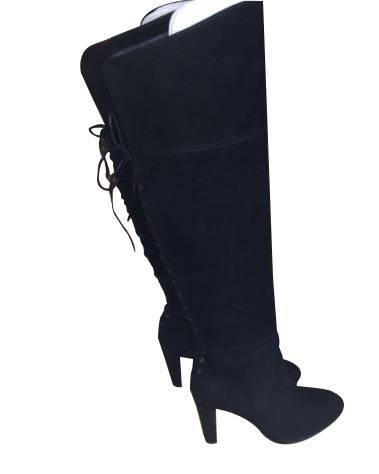 Stuart Weitzman Lacemeup Suede boots