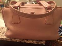 Pink leather bag Angle3