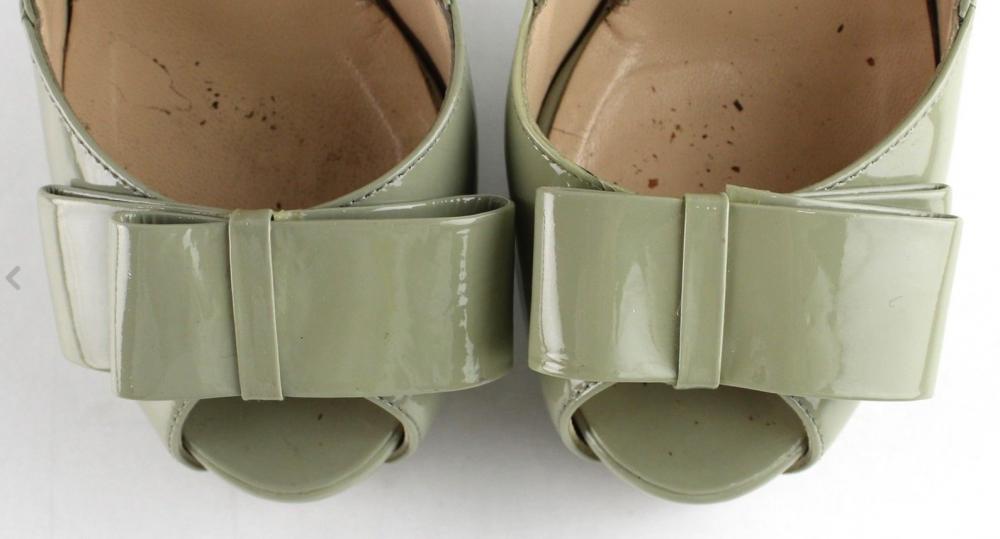 Fendi Bowtie Peep toe pumps