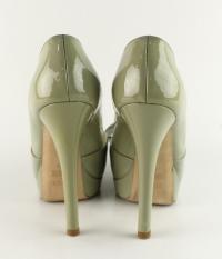Fendi Bowtie Peep toe pumps Angle3