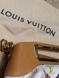 Louis Vuitton Judy PM-Authentic Angle4
