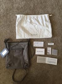 NWT Balenciaga Classic Crossbody Bag Angle3