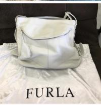 Pebble Cremé Furla Shoulder Hobo bag! Angle4