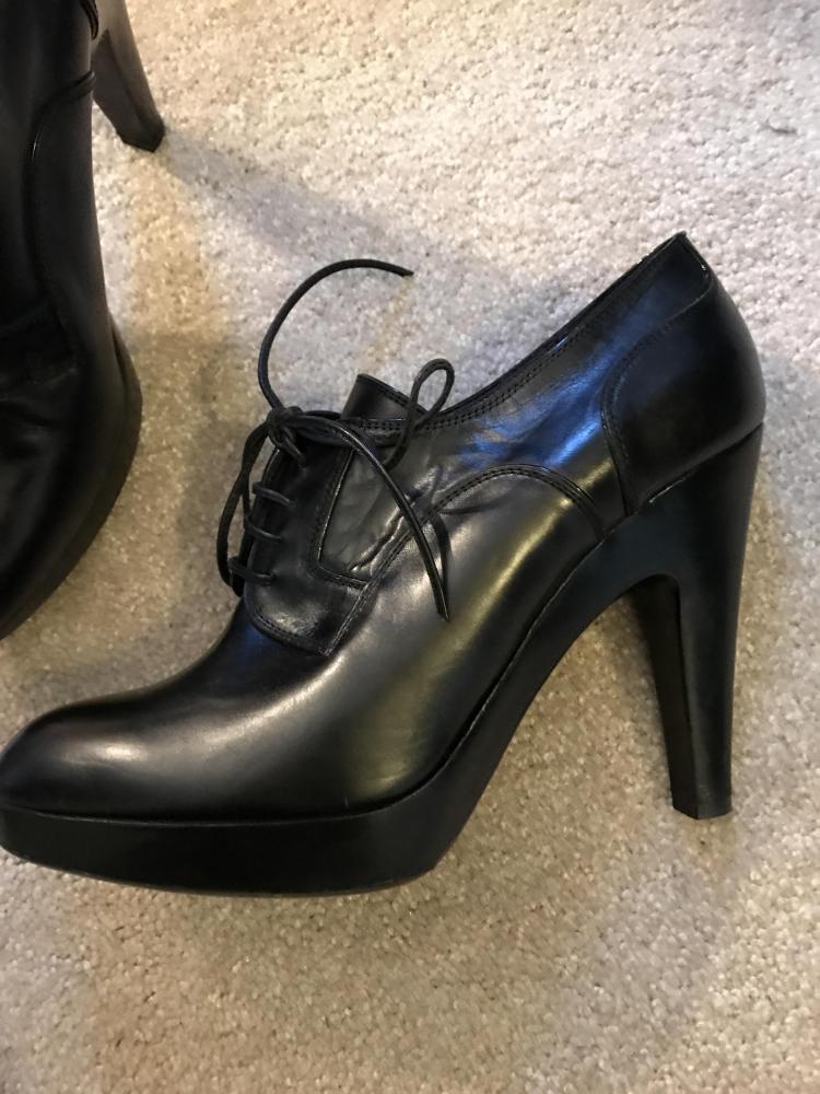 Black Jill Sander Booties. Sz: 10