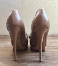 Nicholas will Kirkwood Nude Loafer Heel Angle3