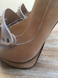 Nicholas will Kirkwood Nude Loafer Heel Angle5