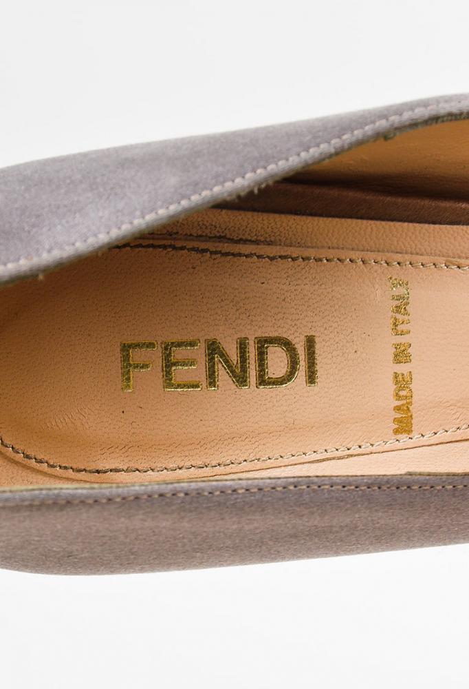 Fendi Peep Toe Bow Platform Pumps SZ 36.5