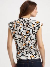 Silk patterned Diane Von Furstenberg blouse Angle2