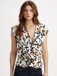 Silk patterned Diane Von Furstenberg blouse Angle3