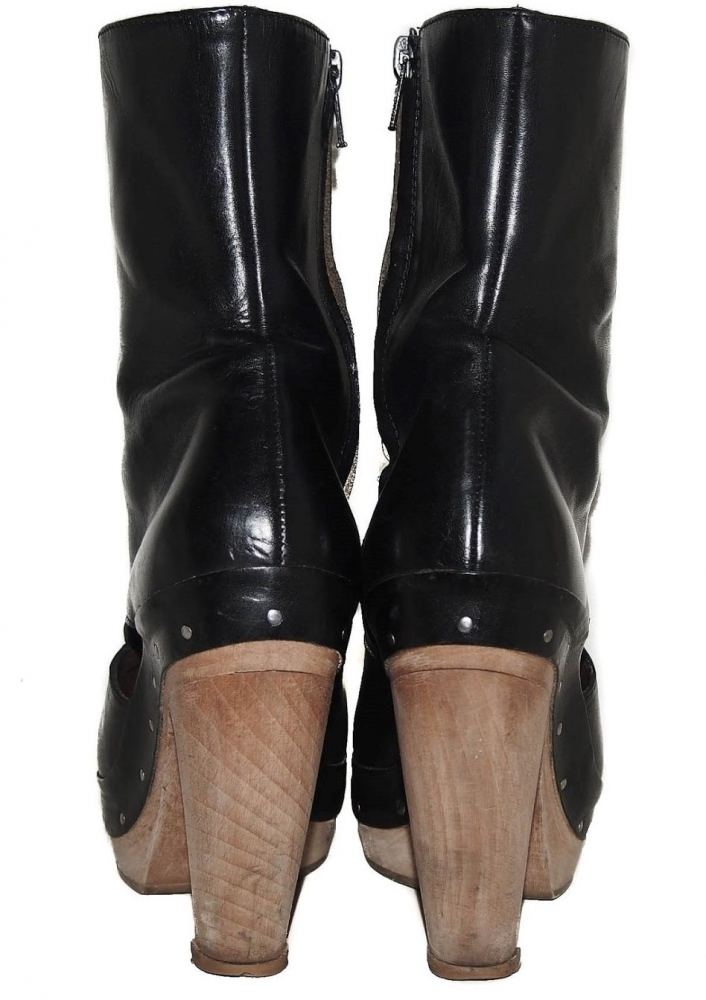 Cut out Marni Boots
