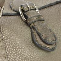 Authentic FENDI Grayish leather handbag Angle4
