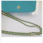 NWT Saffiano leather Tory Burch crossbody Angle5