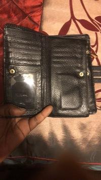Michael Kors wallet  Angle4