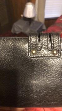 Michael Kors wallet  Angle9