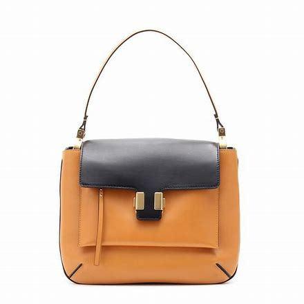 Almelia Shoulder Bag