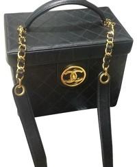 chanel-vanity-travel-bag-chanel