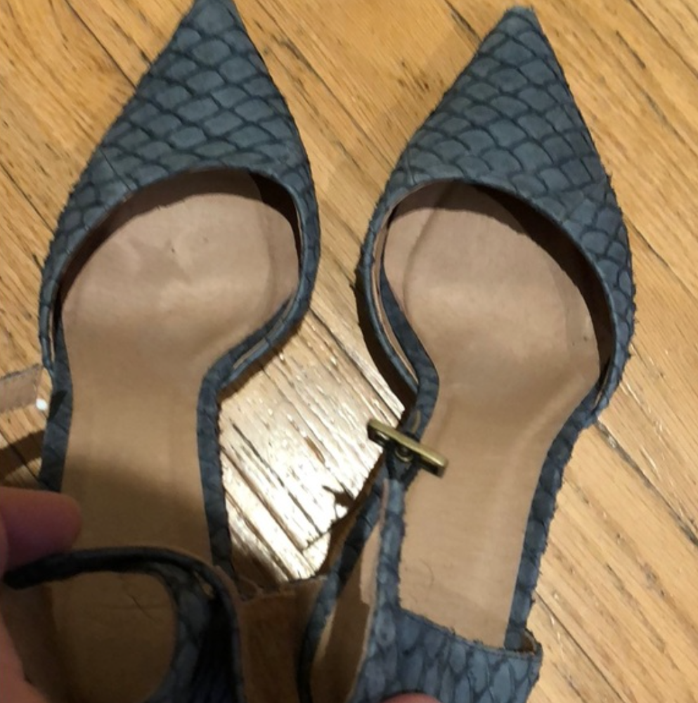 Joie Scalloped Pumps