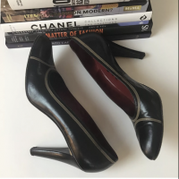 Yves Saint Laurent Heels Pumps 9.5 YSL Leather Angle5