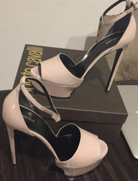Beautiful nude pumps! Angle3