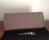 Chanel Mademoiselle caviar shoulder bag Angle5