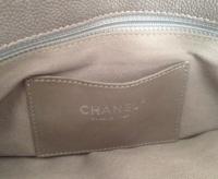 Chanel Mademoiselle caviar shoulder bag Angle9