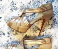 Louboutin gold draped platform lady gres in 6.5 Angle4