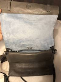 Prada Small studded glaze etiquete leather shoulde Angle3