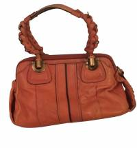 Chloe doctor bag in vibrant orange Angle1
