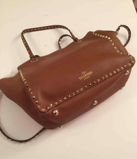 Valentino Rockstud leather handbag Angle7