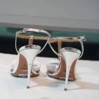 Schultz silver gate sandals Angle5