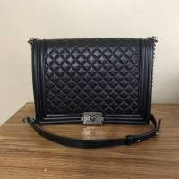 Chanel boy bag Angle5
