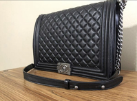 Chanel boy bag Angle2