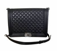 Chanel boy bag Angle1