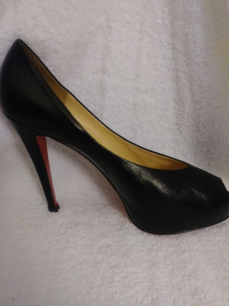 Black leather peep toe covered front platform/