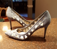 Gianvito Rossi grey suede and mesh pump